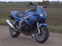 Photo 16 Essai Triumph Sprint RS 2003