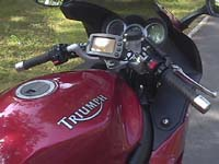 Photo 9 Essai Triumph Sprint ST 1050 ABS 2005