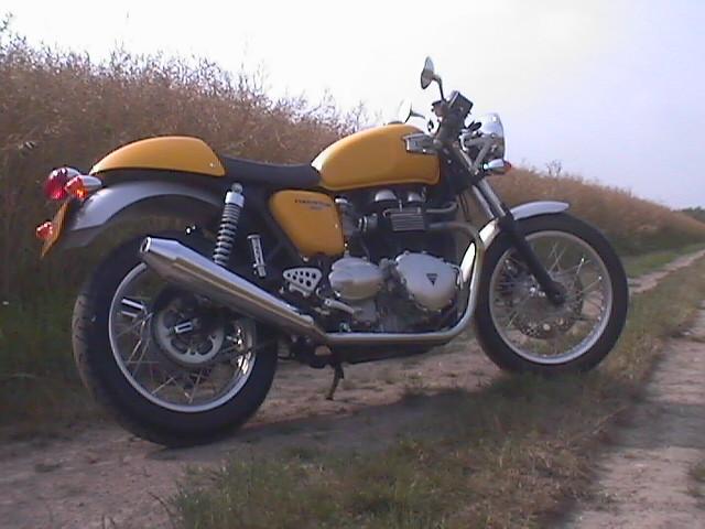 Essai Triumph Thruxton 2005 par Jean-Michel Lainé