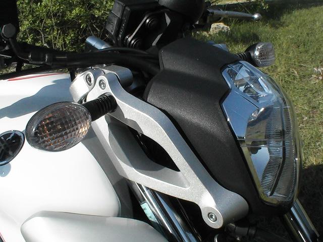 Essai Yamaha MT03 modèle 2006 par Jean-Michel Lainé
