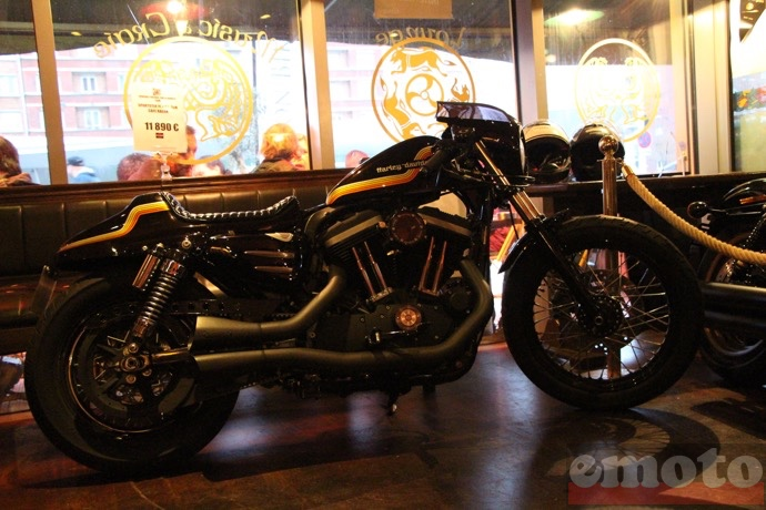 une hd iron 883 bien joue pour la soiree iron bikers de la battle of kings