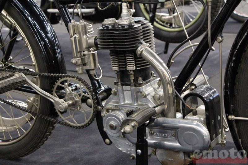 triumph 500 hub clutch son monocylindre a soupapes laterales