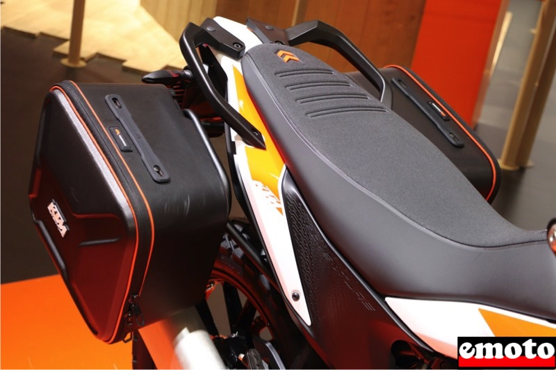 ktm 390 adventure selle confort et paire de valises