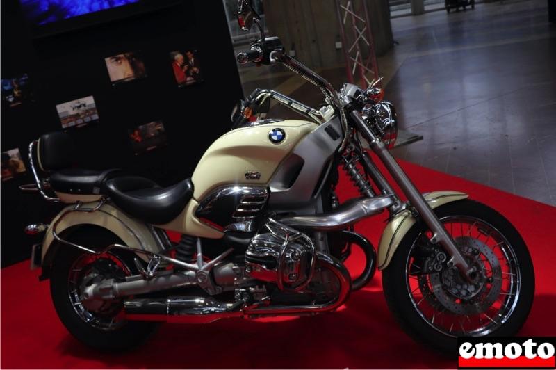 Motos du cinéma au salon du deux-roues de Lyon en 20 films Bmw-r1200c-dans-demain-ne-meurt-jamais